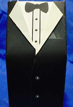 Tuxedo box for homemade wedding favors