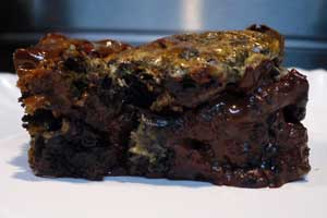 oreobrownie with chocolate chips