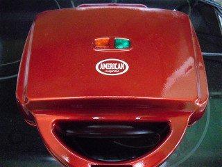 American originals electric brownie-maker